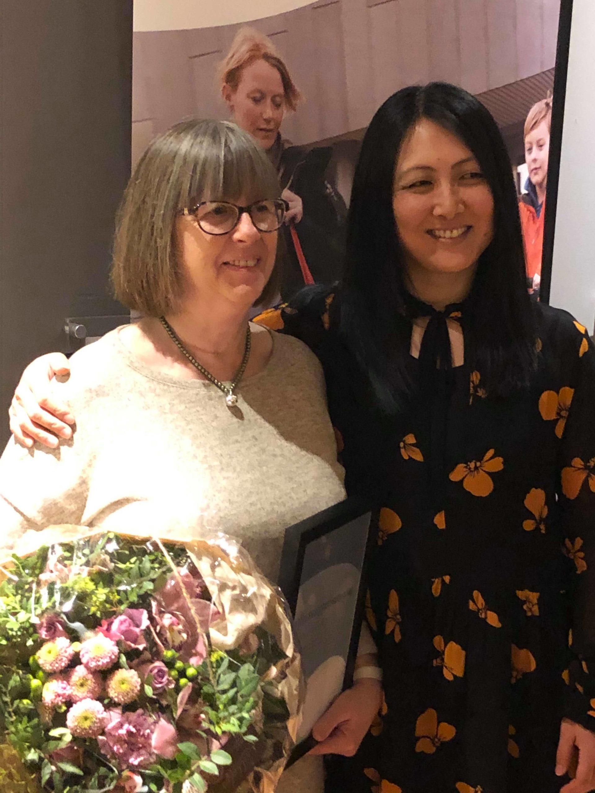 Grete Vetrhus Hammerstad og Tove Holst Skyer