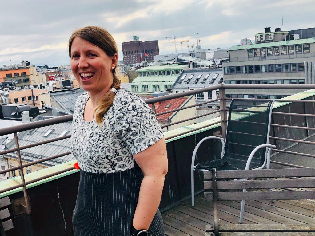 Guro Elisabeth Lind på Riksmeklerens tak